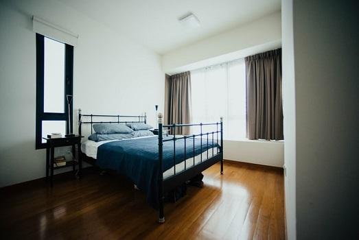 polissage de sol d'une chambre